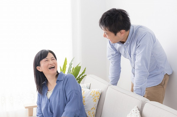 実家暮らしの男性は回避すべき?付き合う際の注意点